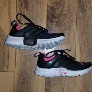 Girls Black & Pink Nike Prestos